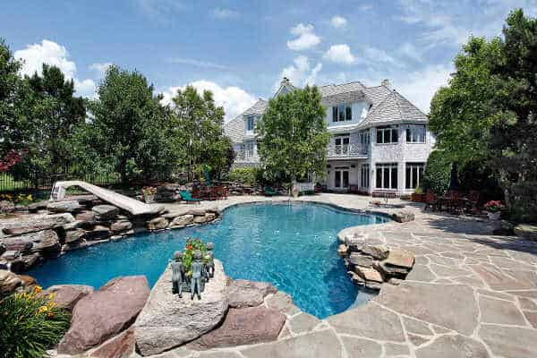 luxury-in-ground-swimming-pool-in-katy-tx